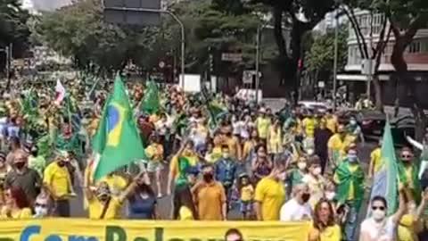 La variante brasiliana... alla narrativa.