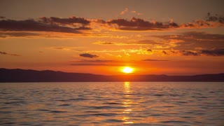 Incredible Sunset Viewing from the water In A Time Lapse Video