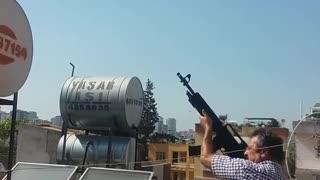 Toύρκοι πυροβολούσαν τον ήλιο για να μειώσουν την θερμοκρασία της γης