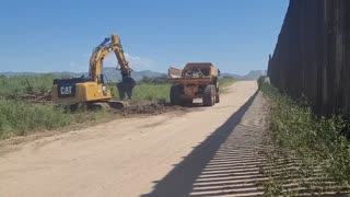 Federally Contracted Workers Destroying Materials From The Border Wall Now Destined A For Scrap. September 12, 2021. 𝓣𝓱𝓮 𝓢𝓽𝓸𝓻𝓶 𝓘𝓼 𝓗𝓮𝓻𝓮