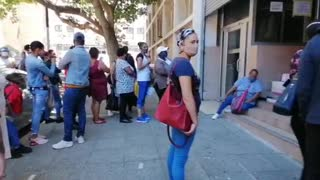 Long queue outside Department of Labor
