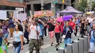 New York protests against vaccine mandates.