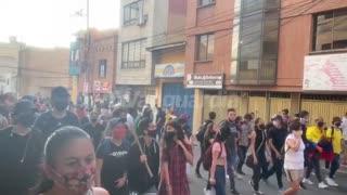Marcha por calle de Vanguardia