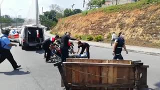 Accidente en el Viaducto Provincial de Bucaramanga dejó a tres personas heridas