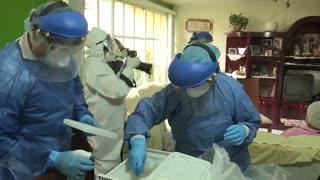 Un grupo de científicos alerta sobre la transmisión aérea del COVID-19