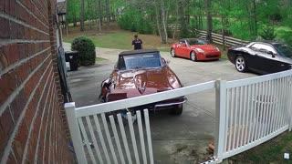 Brake Failure Leads to Classic Corvette Crash