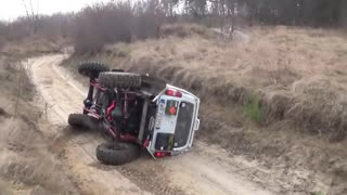 Insane and Epic 4x4 Off road Fails Compilation