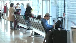 Viajeros españoles cancelan sus vuelos a Estados Unidos
