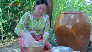 Bring Cassava From Hard Soil For Cassava Cake And Dessert - Cooking With Sros