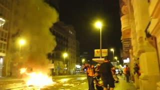 Tanqueta protestas del independentismo catalán colapsa Barcelona