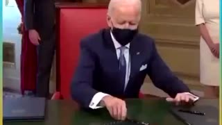 Biden doesn't know what he's signing