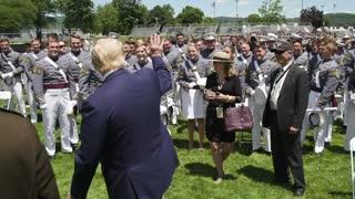 President Donald J. Trump at the 2020 West Point Graduation Ceremony 唐納德·J·特朗普總統在2020年西點軍校畢業典禮上