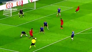 NEVER never challenge Cristiano Ronaldo