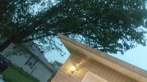 Spooky light in tornado warning