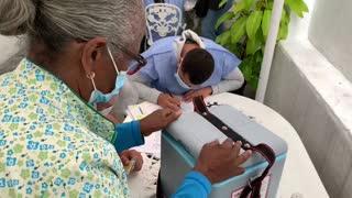 """Venezuela a contrarreloj por vacunación contra covid-19 bajo """"segregación"""""""