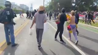 Beverly Hills. Prp Trump v antifa