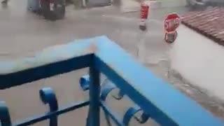 Ισχυρή καταιγίδα και χαλαζόπτωση στο Περιστέρι την Παρασκευή (17/05/2019)