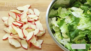 Healthy Apple & Grilled Chicken Salad with Cheddar Cheese Toasts