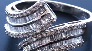 Beautiful diamonds ring