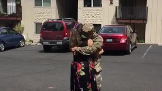 Mom in tears when her son returns home from the Middle East