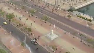 Enfrentamientos entre policía y estudiantes