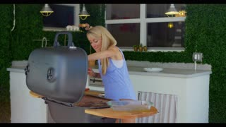How to Grill the Perfect Steak   Grill Girl   Wide Open Eats