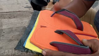 make layered sandals for children, with manual tools