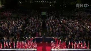 """Trump pide la reelección para """"salvar"""" a EE.UU. de los peligros de la izquierda"""