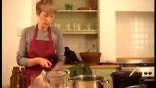 Making Essiac Tea with Mali Klein - Part 2