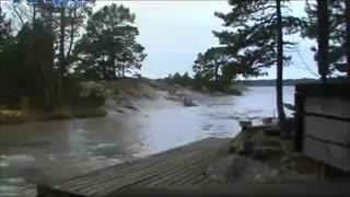 lightning strike on water