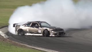 Car running on the track - drift