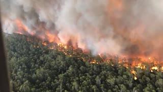 Devastating Wingan Fire In Australia Filmed From Plane