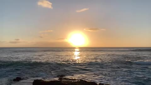 Slow-Motion Waves and Sunset at Ka'ena Point National Park