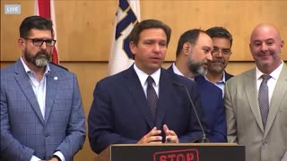 Ron DeSantis gets standing ovation when answering reporter's question