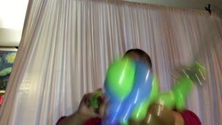 Gina The Balloon Girl makes a ninja turtle balloon animal
