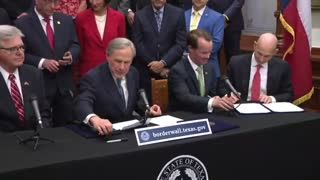 Gov. Texas Outlines Steps State Will Take to Build Wall !