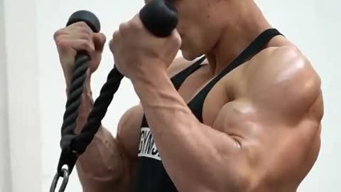 gym training, training to get big