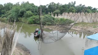 Indian Oldest Fishing Technique On River