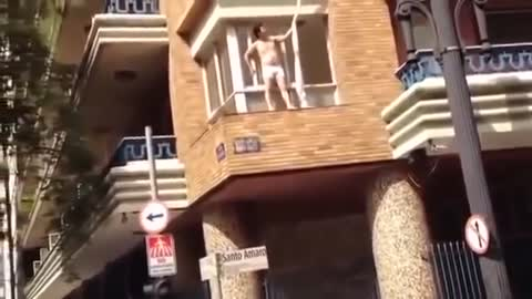 The wife had a lover at home when her husband arrived