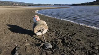 El lago Mendocino alcanza su nivel más bajo desde 1977 en medio de la sequía de California