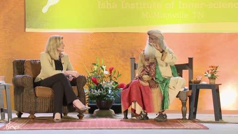 Can Women Leaders Make the World More Peaceful? | Arianna Huffington and Sadhguru