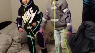 Glowsticks Turn Kids into Dancing Stick Figures