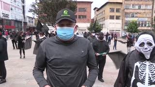 Video: protestas de comerciantes contra medidas en Bogotá