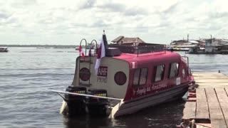 Frenar el VIH en indígenas de Perú, la misión de una brigada por el Amazonas