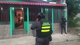 Panamá y Costa Rica desmantelan banda de tráfico de migrantes