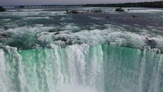 Niagara falls-water falls