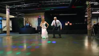 Father & daughter pull off epic surprise dance at wedding reception entertainment