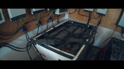 Maintenance and small repairs of a deep cycle lead acid battery Part1/2 - OffGrid powersystem Basics