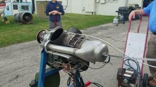 Centrifugal reverse flow turbine