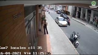 Video: En Bucaramanga la Policía desarticuló banda dedicada al hurto a establecimientos comerciales